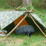 Shelter mit einer Plane (Tarp)